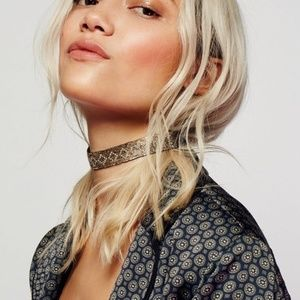 $28 Free People Oasis Metallic Bead Choker